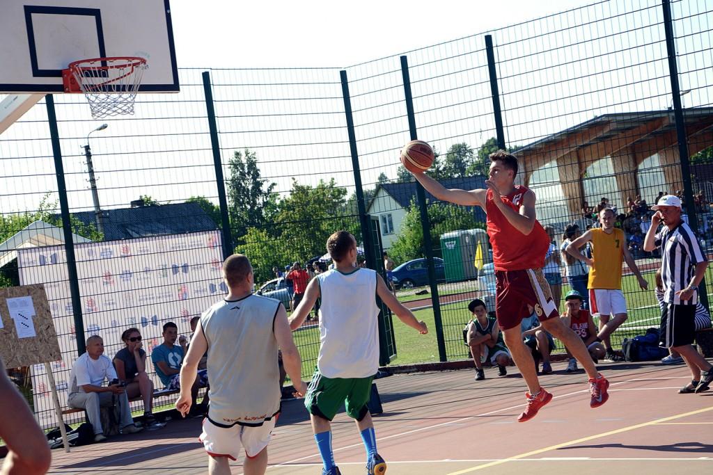 5 prieš 5 krepšinio turnyras Pandėlyje vyksta nuo 2004 metų